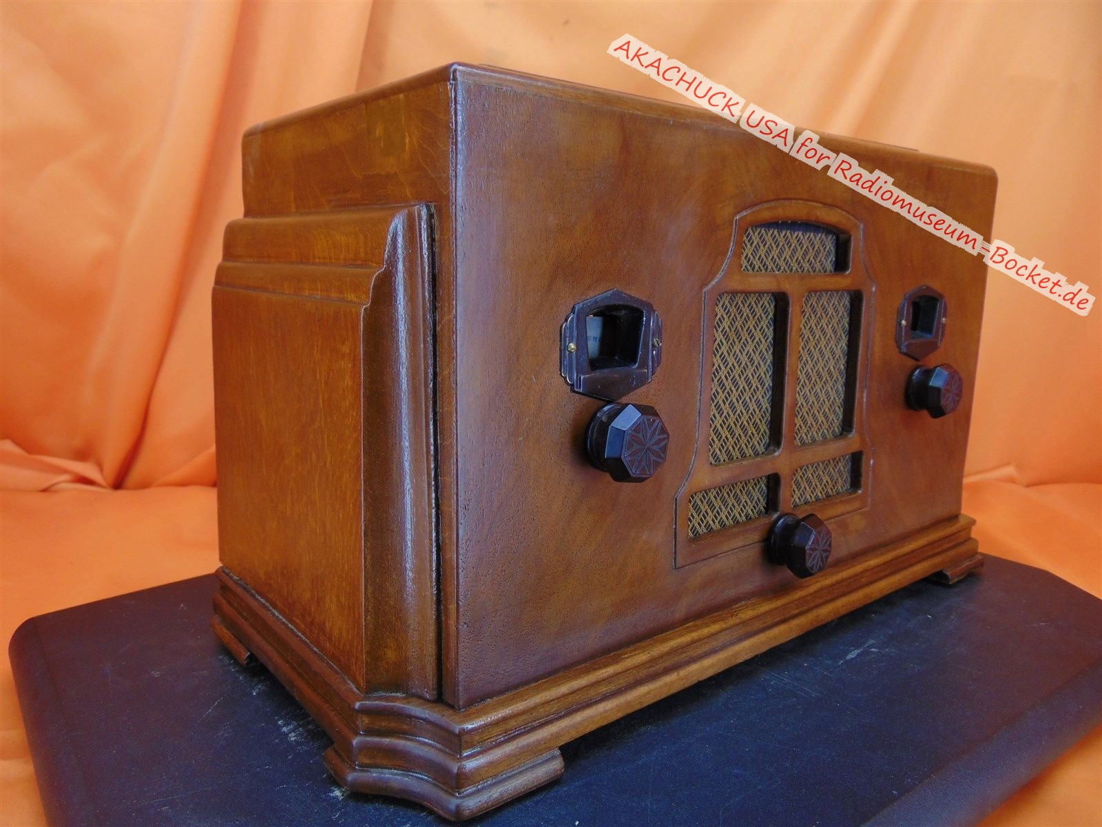 TUBE-RADIO-Unknown-Make-Model-b.jpg