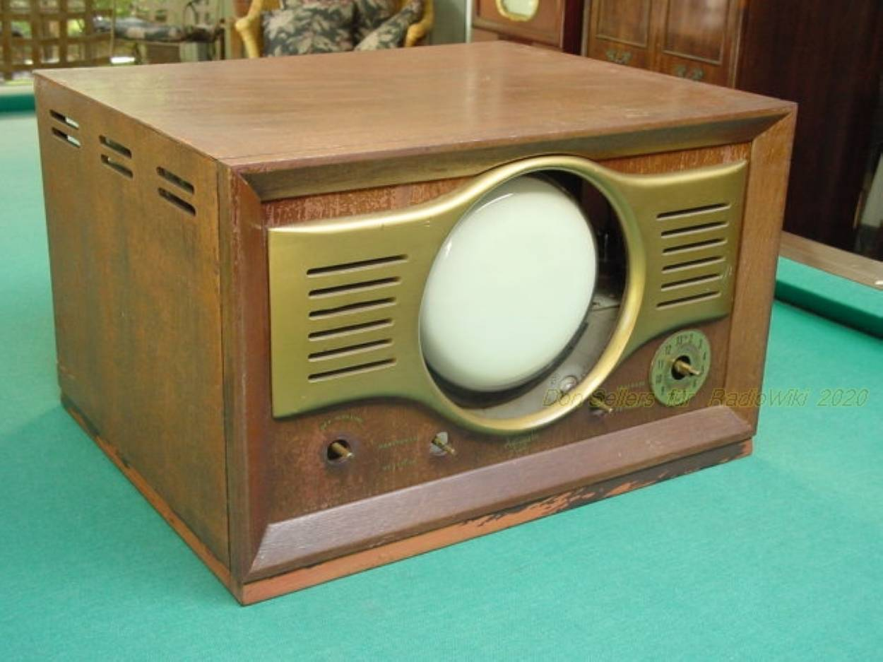 Automatic Radio 709 Don-Sellers 2020 5.JPG